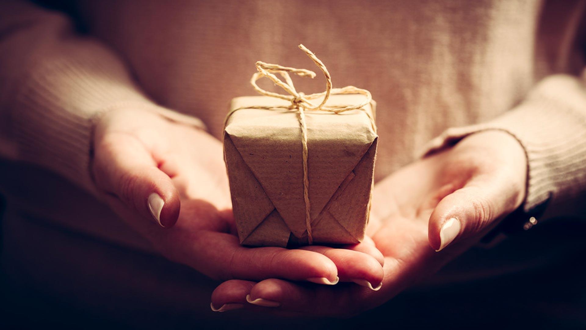 6-astuces-faire-revenir-client-commerce-local-covid-19-remercier-offres-speciales